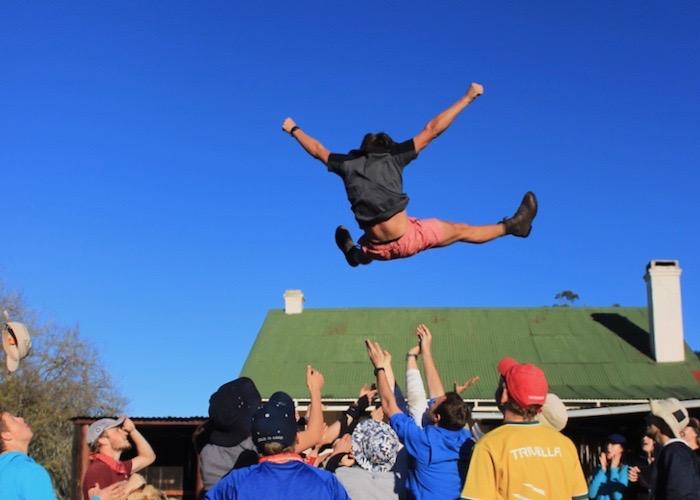 Studente kuier tydens Stellenbosch se feestyd Foto: BTK
